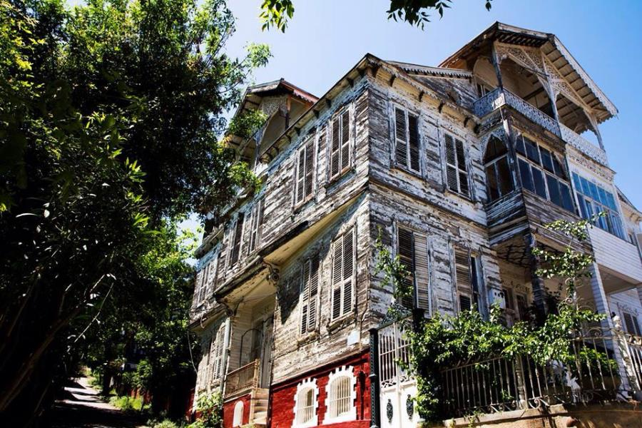 Old House in Heybeliada in Princes' Islands in Total Tour by Travel Tips Turkey